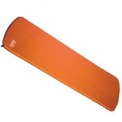 Self Inflating mat Women Hiker