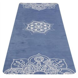 Yoga mat from natural rubber