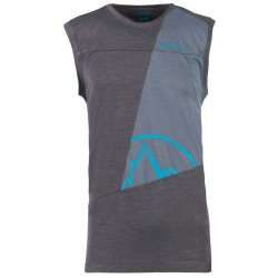 Men climbing tank Strive